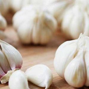大蒜的好处与正确食用大蒜的姿势